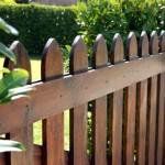 Drvena ograda obojana
